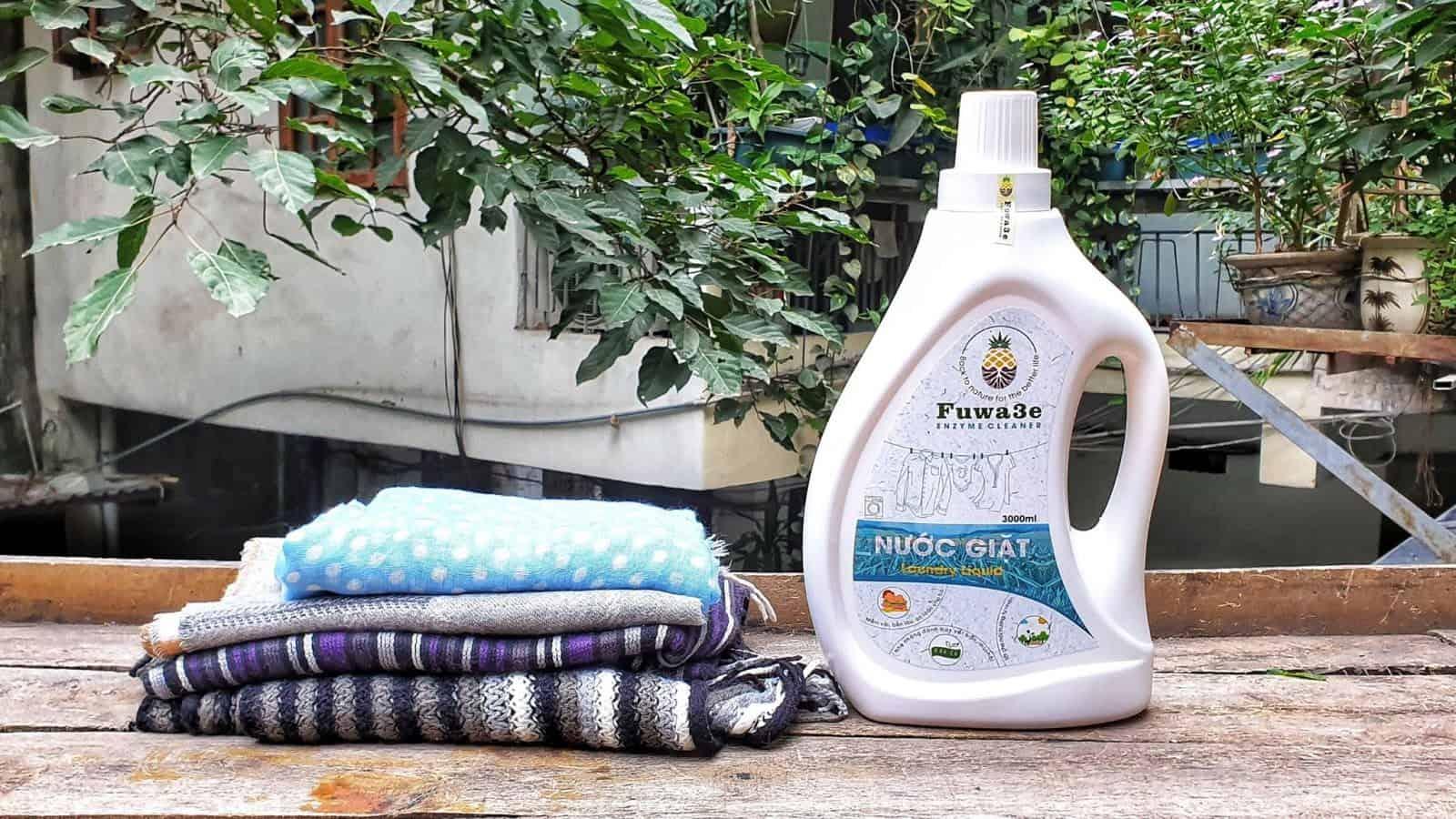 nước giặt quần áo cho trẻ sơ sinh